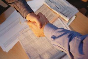 Щодо підміни трудових договорів з найманими працівниками