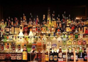 Мінімальні ціни на алкоголь знов планують підвищити