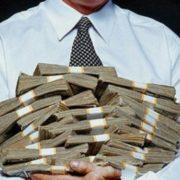 Бюджетникам восстановили право на выплату зарплаты из кассы