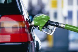 Оновлено середню вартість бензину та дизпалива