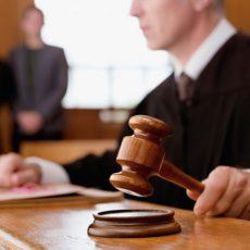 Работу родственников без оформления трудовых отношений суд оценил штрафом в размере 335 070 грн.