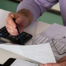 Отражаем в отчете по ЕСВ и ф. № 1ДФ доначисление индексации зарплаты