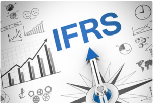 Хто зобов'язаний складати фінансову звітність за міжнародними стандартами