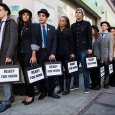 Дозвіл на працю іноземців: вимогу до рівня зарплати знизять
