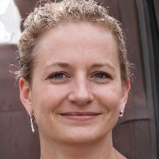 Интервью с Анной Зонтовой – выпускницей курса финансового менеджмента